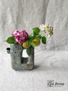 Arrange Hydrangeas with nectarines