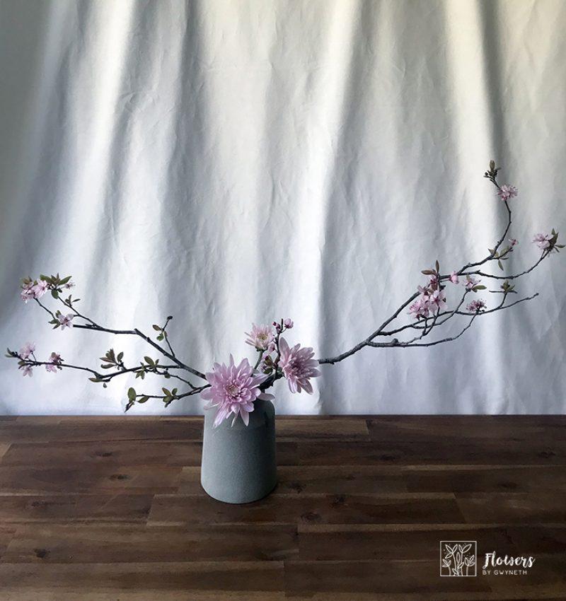Ikebana-cherry blossoms-chrys3
