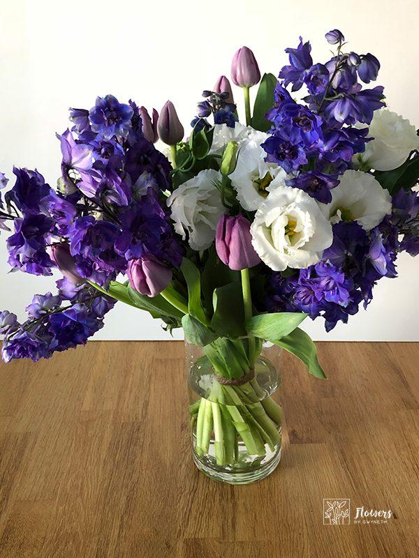 Tulips purple-delphinium